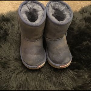 Authentic Ugg Toddler Boots. Size 7. Lavender.